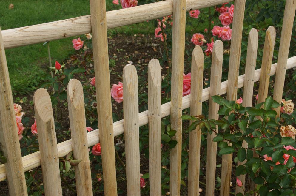 clôture ganivelle portail bois châtaignier Kastané #105