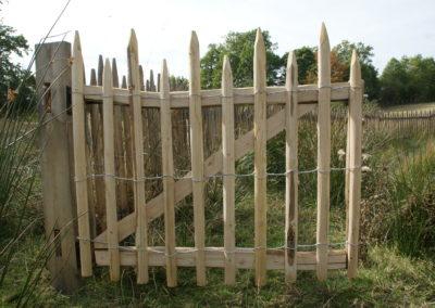 clôture ganivelle portail bois châtaignier Kastané #112