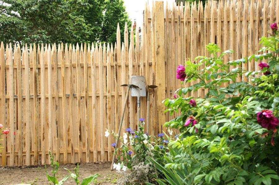 clôture ganivelle portail bois châtaignier Kastané #027