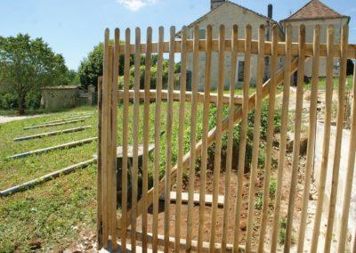 portail portillon châtaignier clôture Kastané