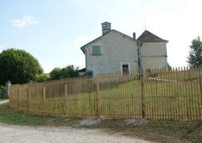 clôture ganivelle portail bois châtaignier Kastané #092