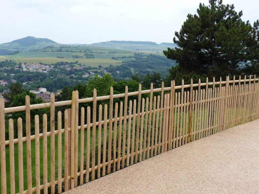 clôture ganivelle portail bois châtaignier Kastané #095