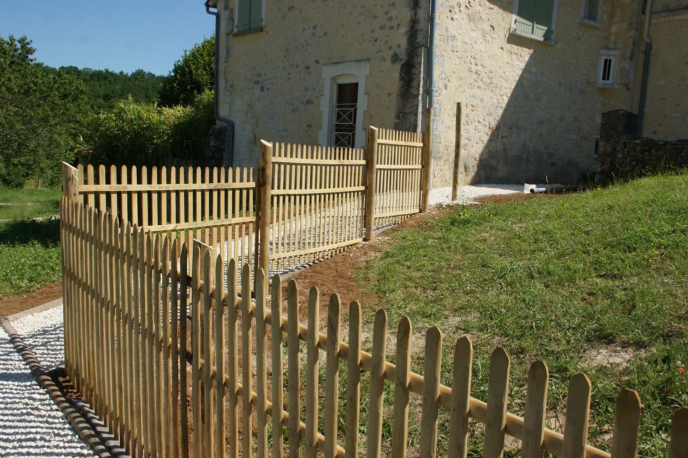 clôture ganivelle portail bois châtaignier Kastané #117