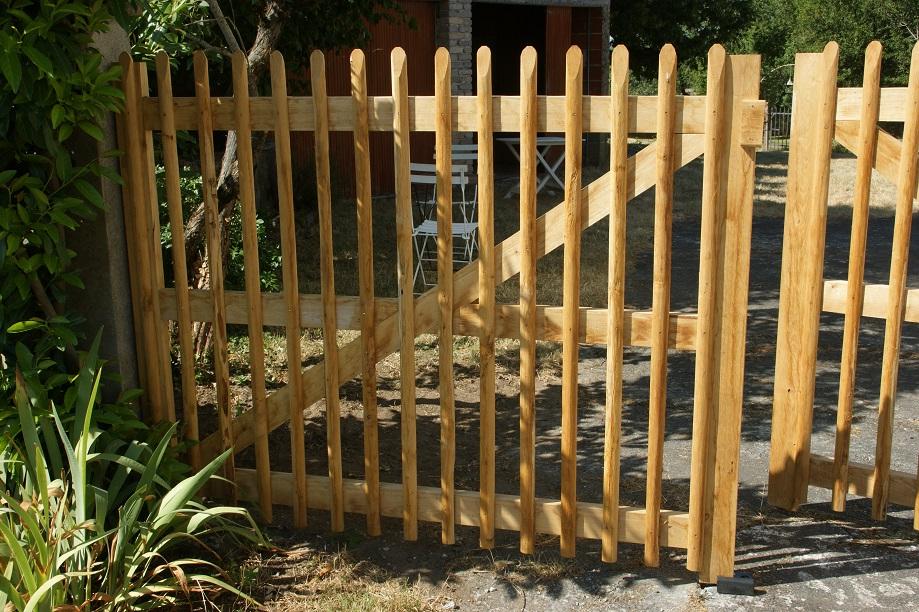 portail bois châtaignier Kastané