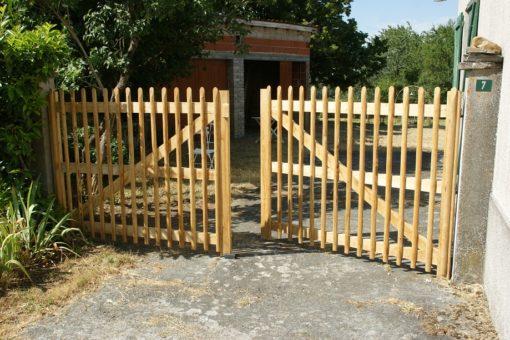 clôture ganivelle portails Kastané artisan bois châtaignier