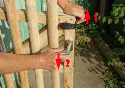 portillon piscine sécurité AFNOR P90-306 Kastané